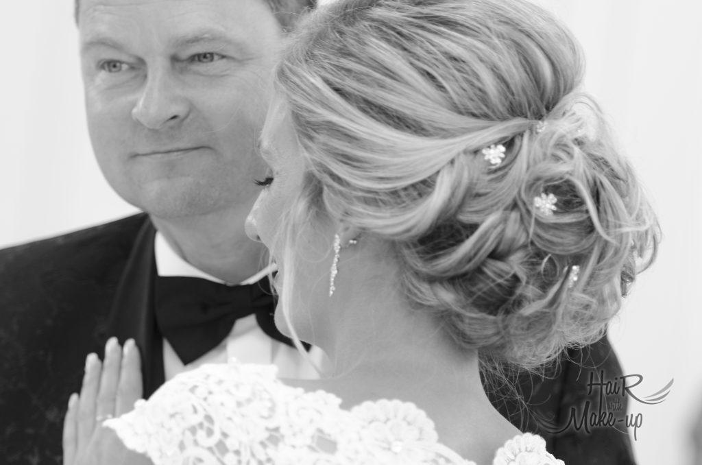 Hochzeitsfrisur, lockere Brautfrisur